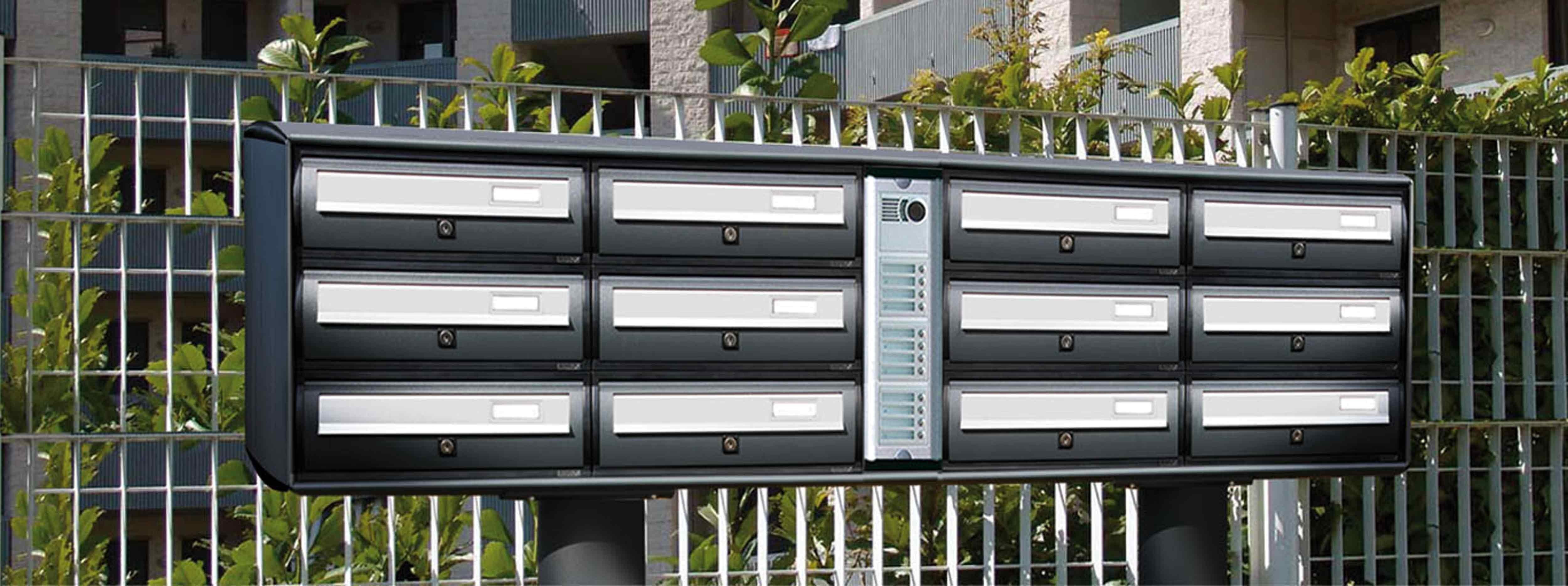 Cassette Postali Condominiali su piantane autoportanti