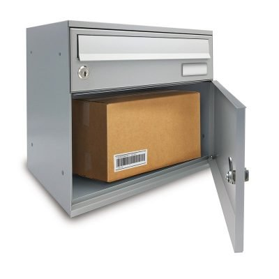 Mailbox with parcel compartment